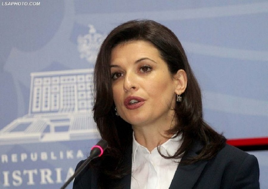 Albanian Justice minister hails the vetting process