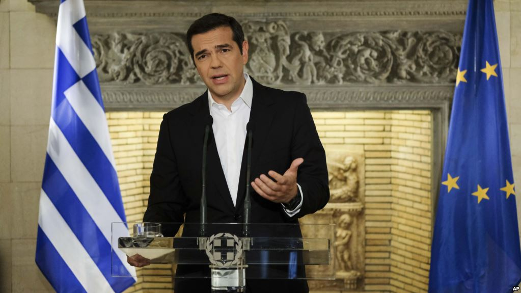 Tsipras hails historic agreement with fYROMacedonia on name change