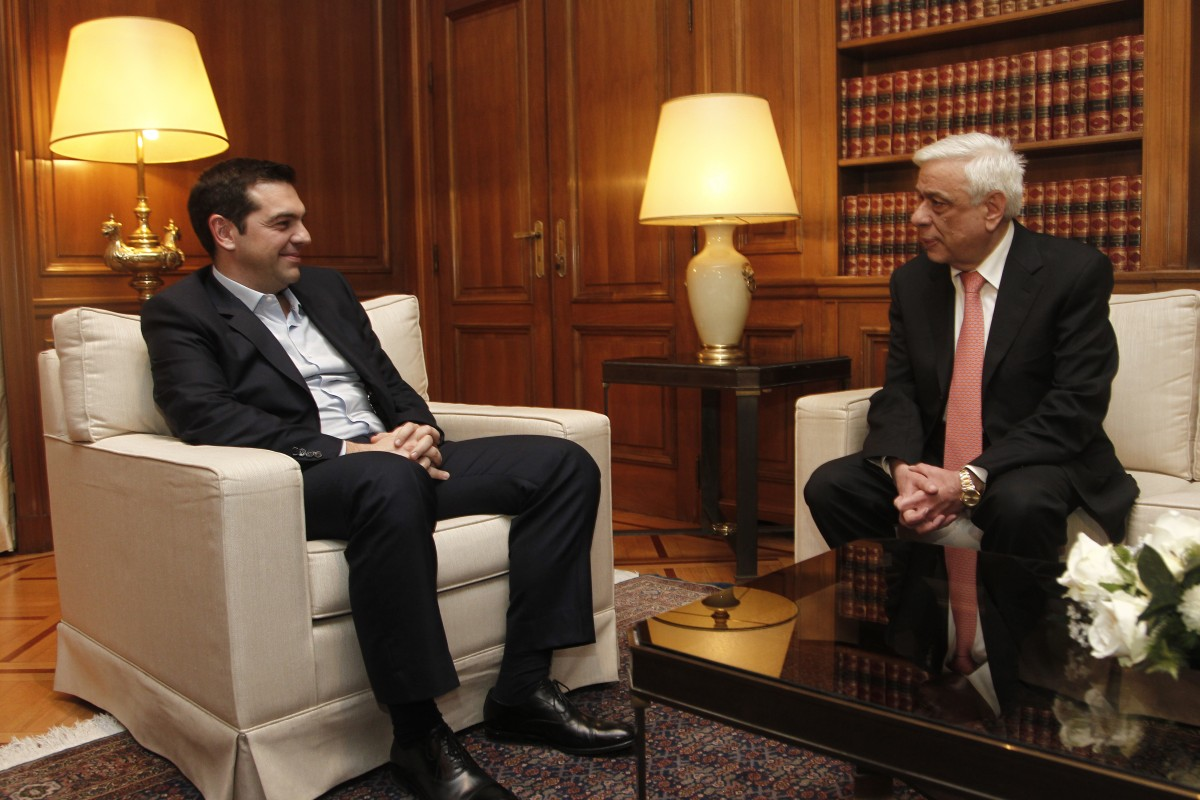 Tsipras informs the Greek President that he reached a deal with Zaev on the name issue