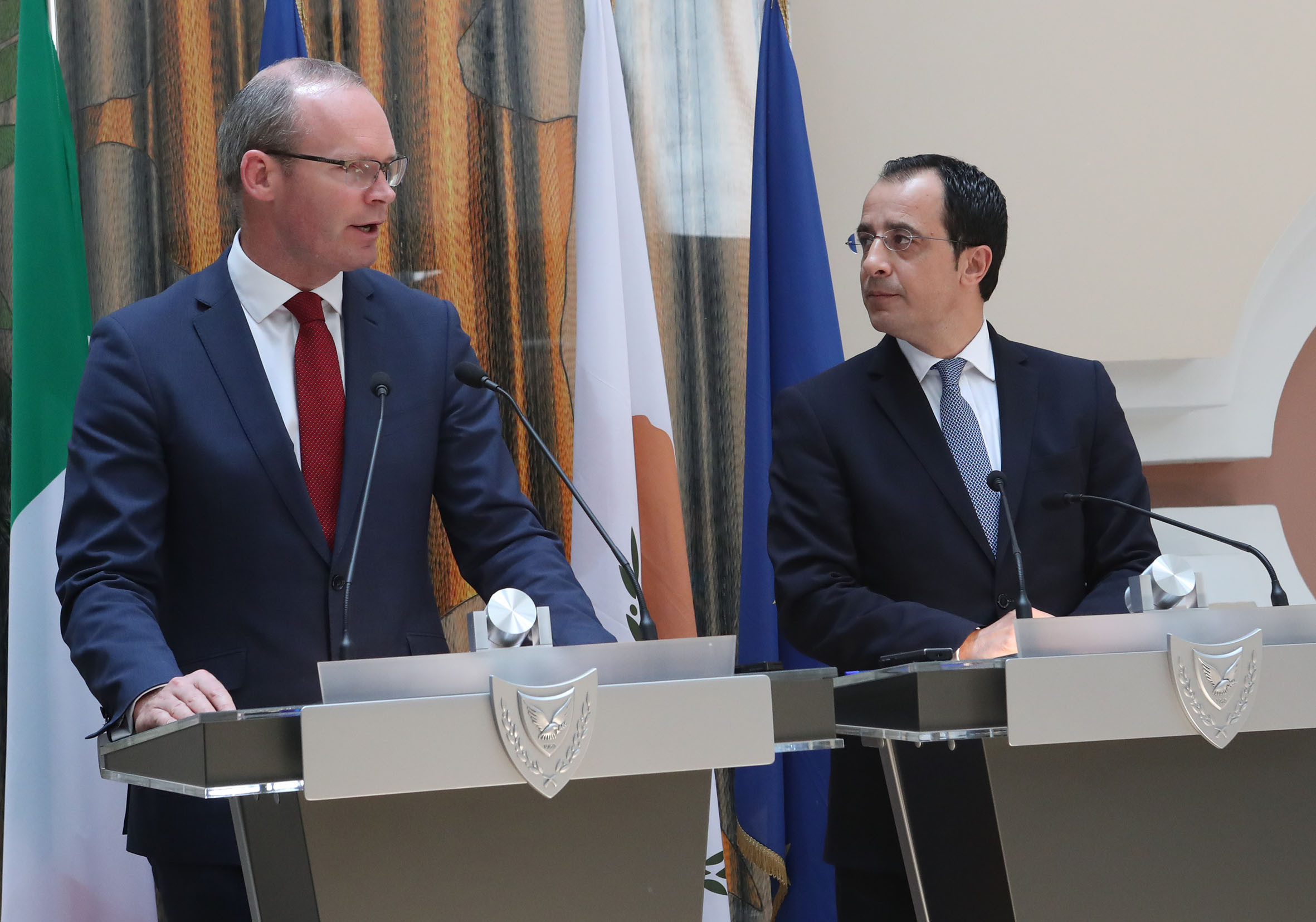 Nicos Christodoulides met with the Deputy Prime Minister and Minister of Foreign Affairs and Trade of Ireland