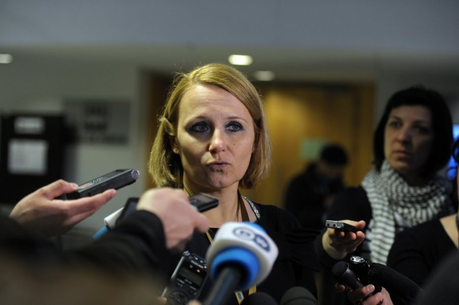 Kocijancic: There's no date for the meeting between Thaci and Vucic