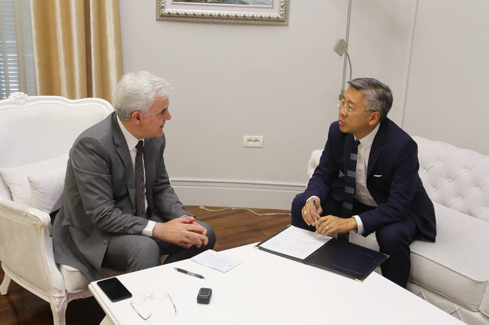 Ambassador Lu: The US supports the fight against crime