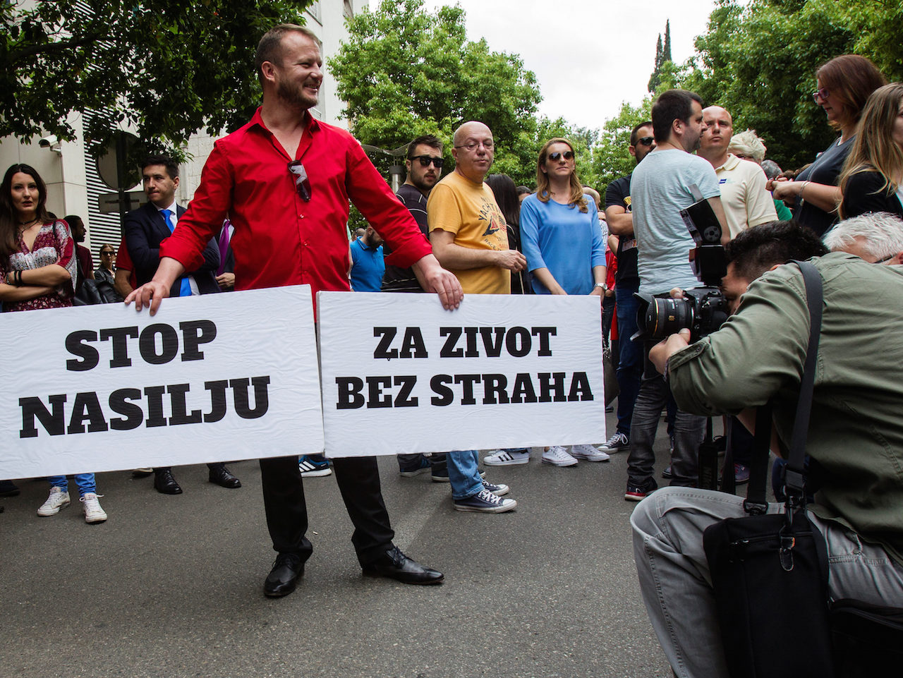 Montenegrin journalists protest against government pressure