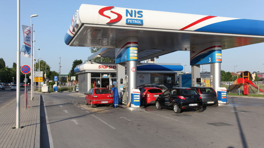Rising fuel prices… fuel reactions in the Balkans