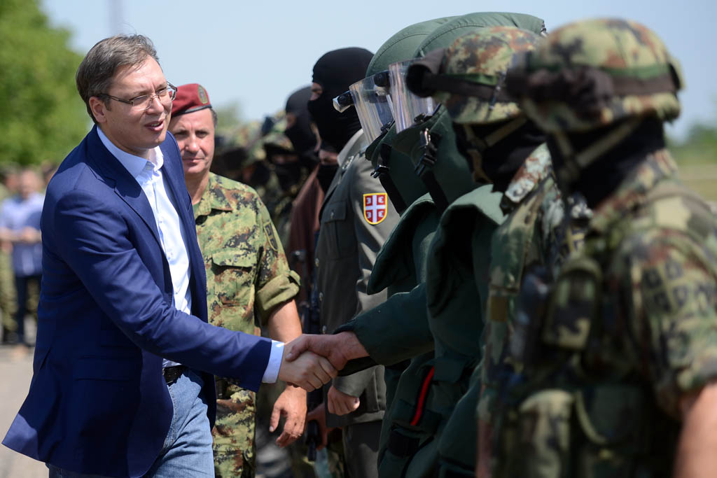 NATO warns Serbia against sending military forces in Kosovo