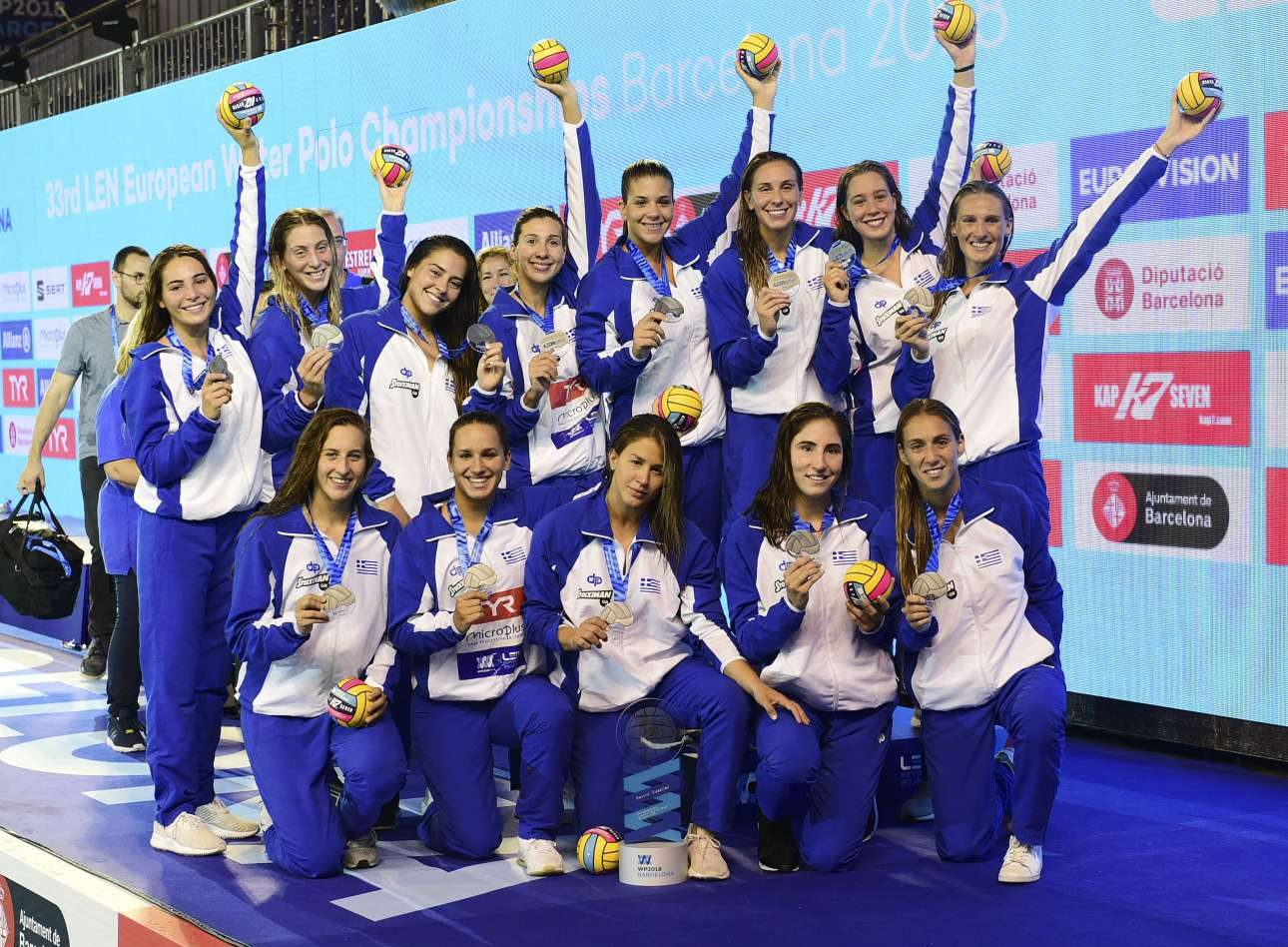 Silver for Greeceat Women's European Water Polo Championship, players' mind at home…