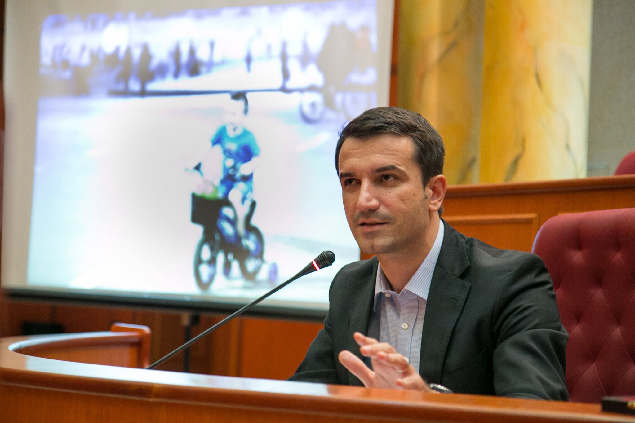 Solidarity, municipality of Tirana allocates 50 thousand euros for the municipality of Athens