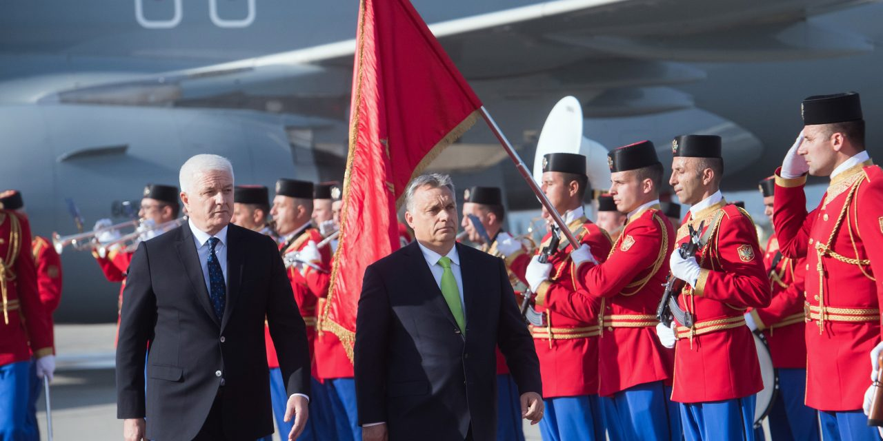 Hungarian PM offers anti-migrant entry assistance to Montenegro