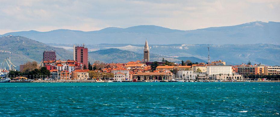 Port of Koper enjoys busy tourist season, thousands of cruise passengers are flocking to Slovenia