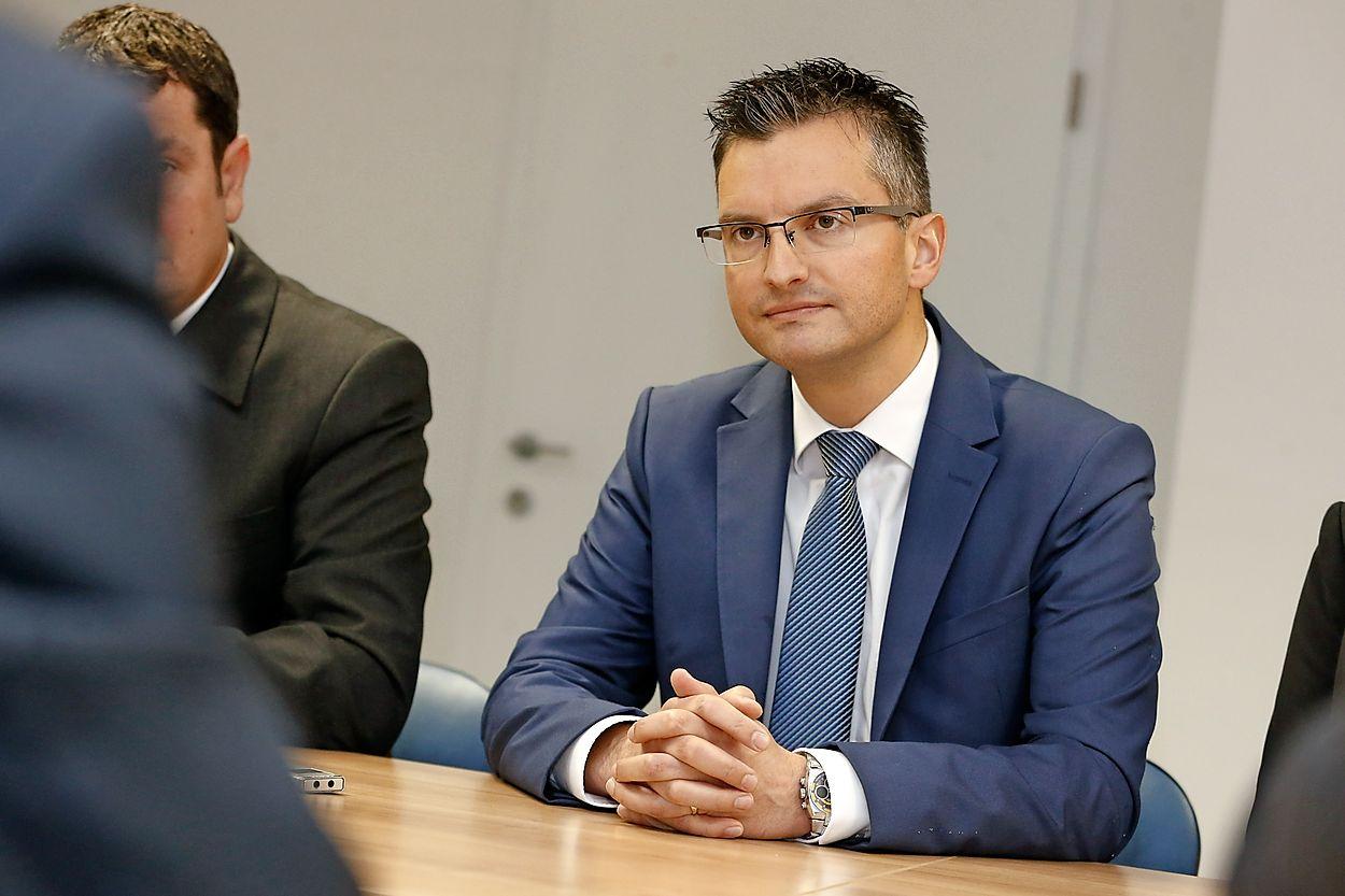 Long-hour coalition talks leaveŠarec happy but… still without a coalition