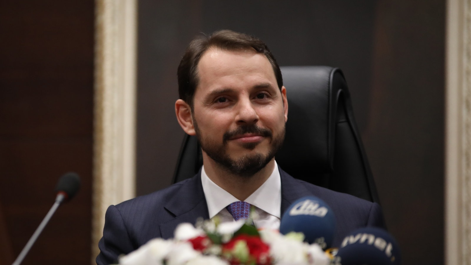 Albayrak speaks of plans to curb inflation, the Turkish Central Bank and foreign investment