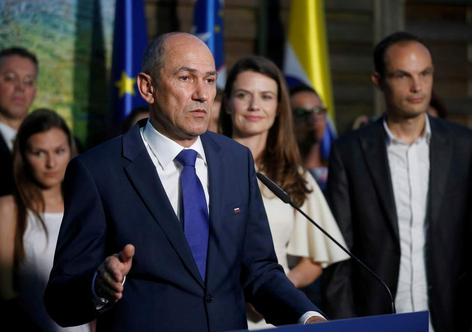 Slovenian politics: Who will build a coalition first and best?