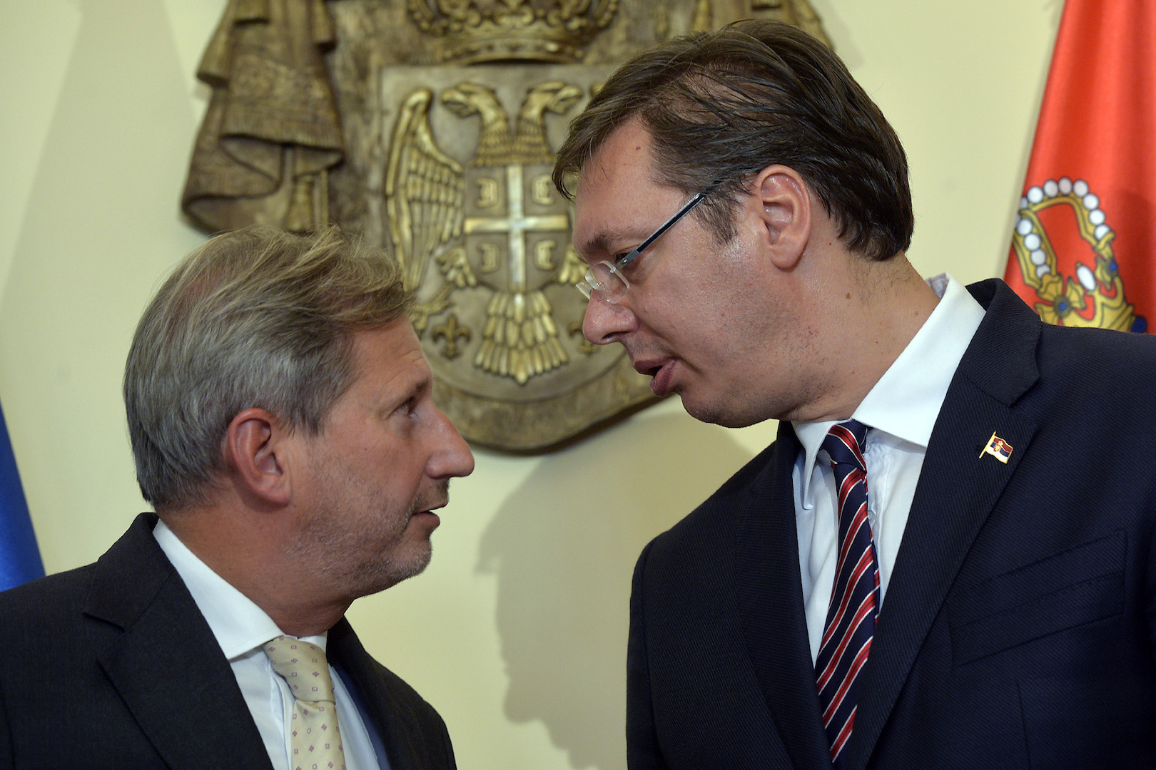 Vucic-Hahn discuss Kosovo and Metohija and the 'uneasy' situation Serbia is in