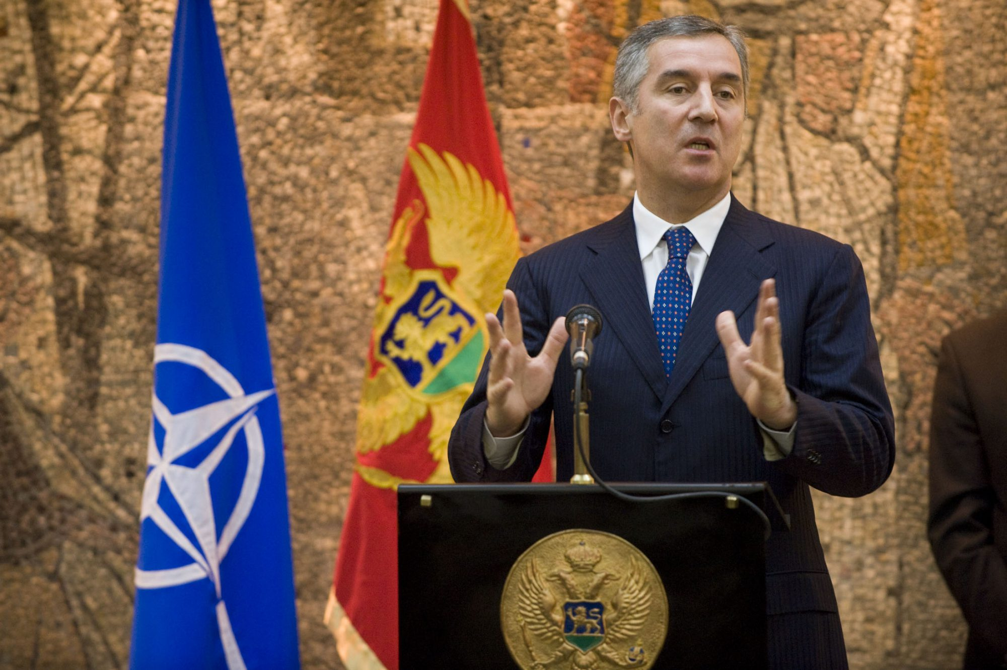 'Alo!' tabloid accuses Montenegro's Djukanovic of conspiracy against Serbia's Vucic