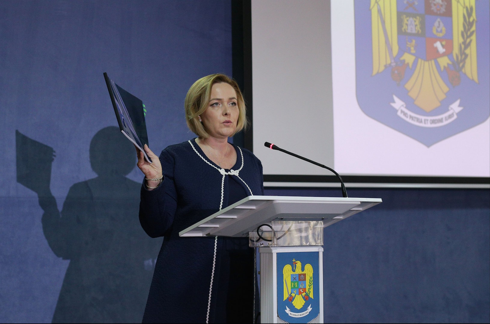 Romanian Interior Minister presents Expat rally report,USR chairman wants her resignation