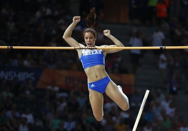 Greek pole vaulters Stefanidi and Kyriakopoulou at the top of Europe