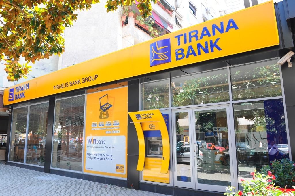 The largest Albanian company and a bank based in Skopje acquire Tirana Bank
