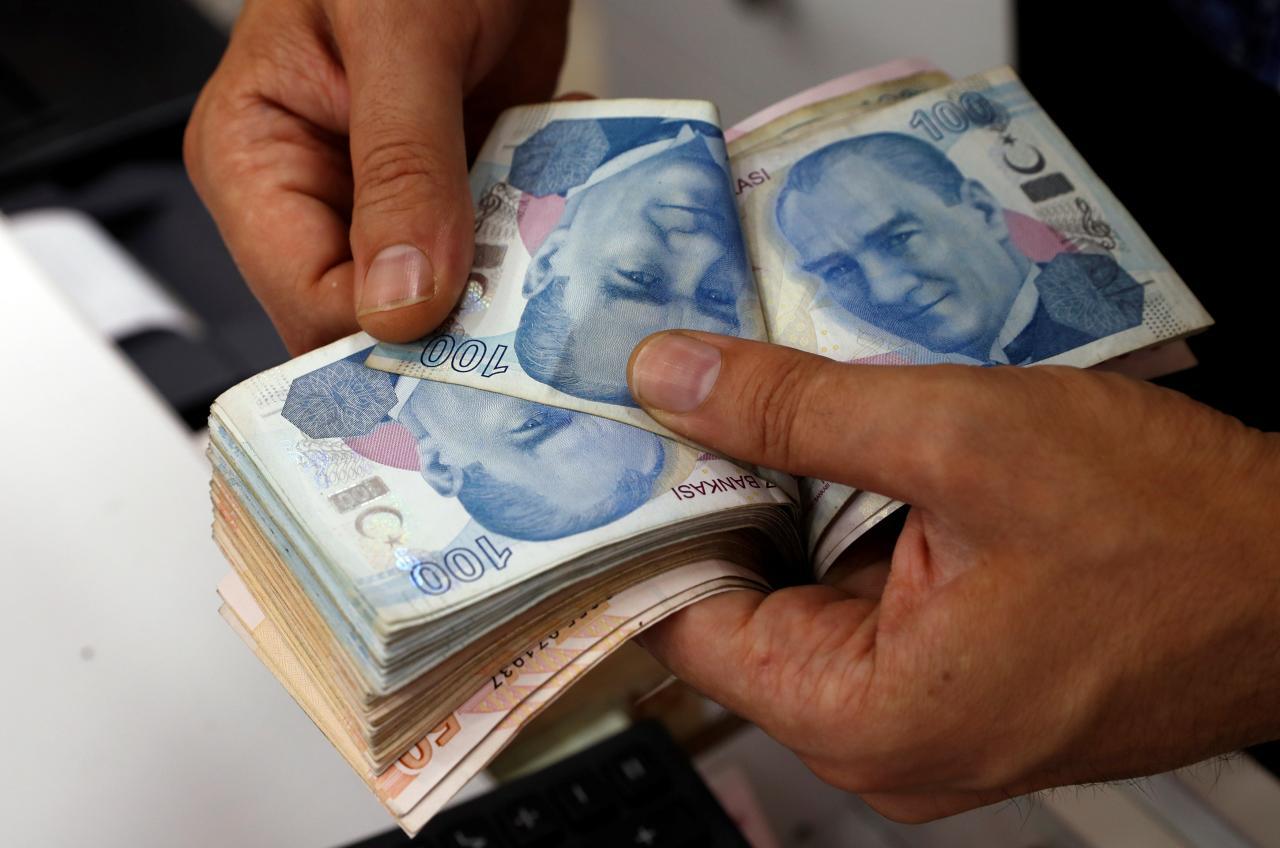 Νέα, μεγάλη υποτίμηση της τουρκικής λίρας
