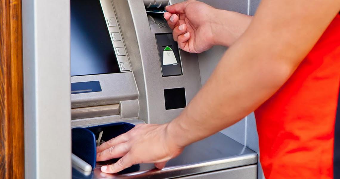 Greeceto further loosen capital controls