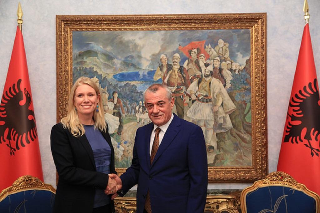 Albanian parliamentary speaker Ruci receives the Dutch ambassador