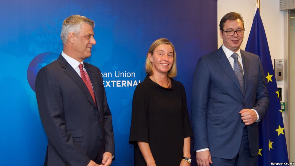 Vucic refuses to talk to Kosovo's representatives and meets Mogherini only