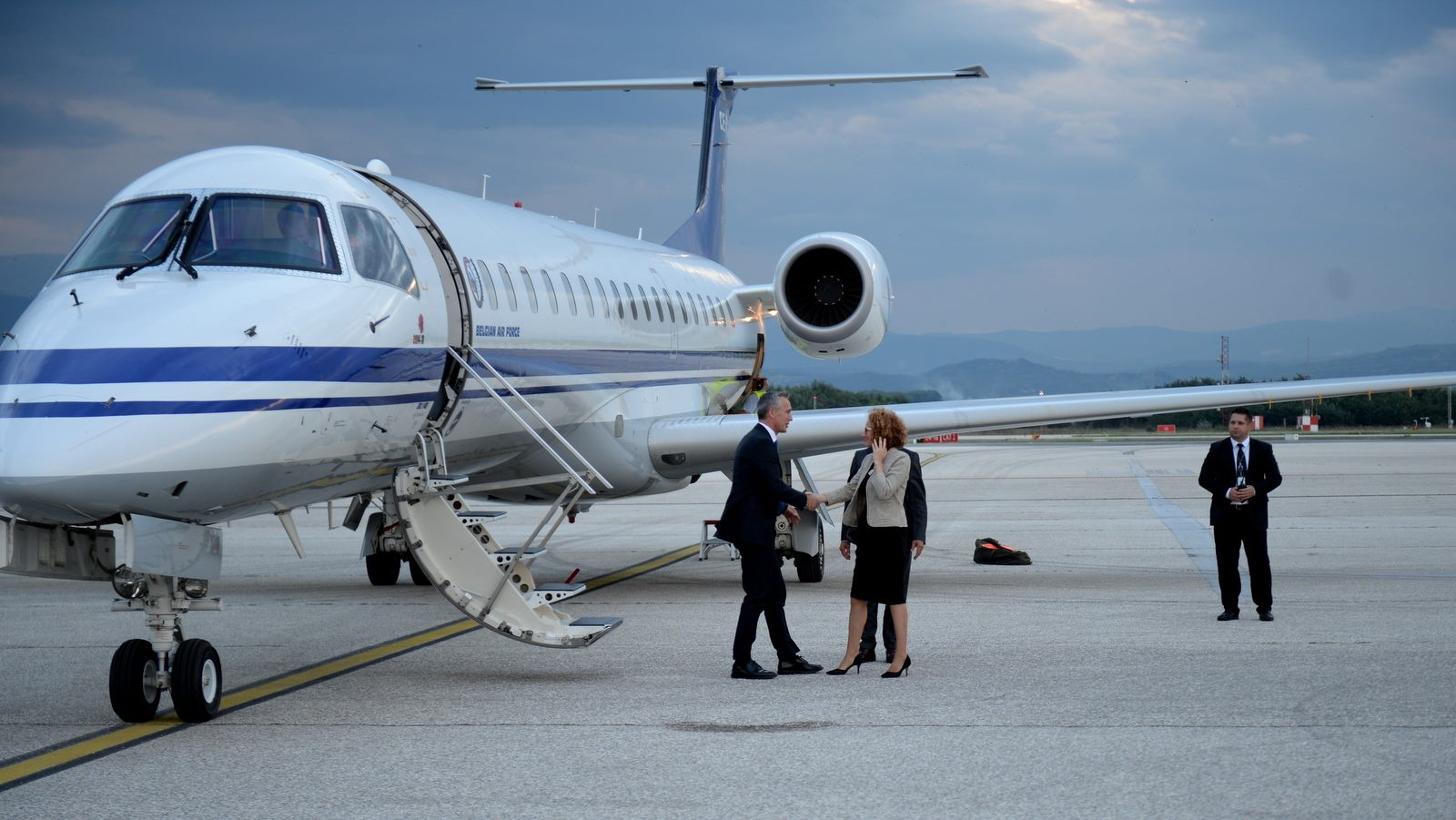 Stoltenberg arrives in Skopje with a busy agenda of meetings