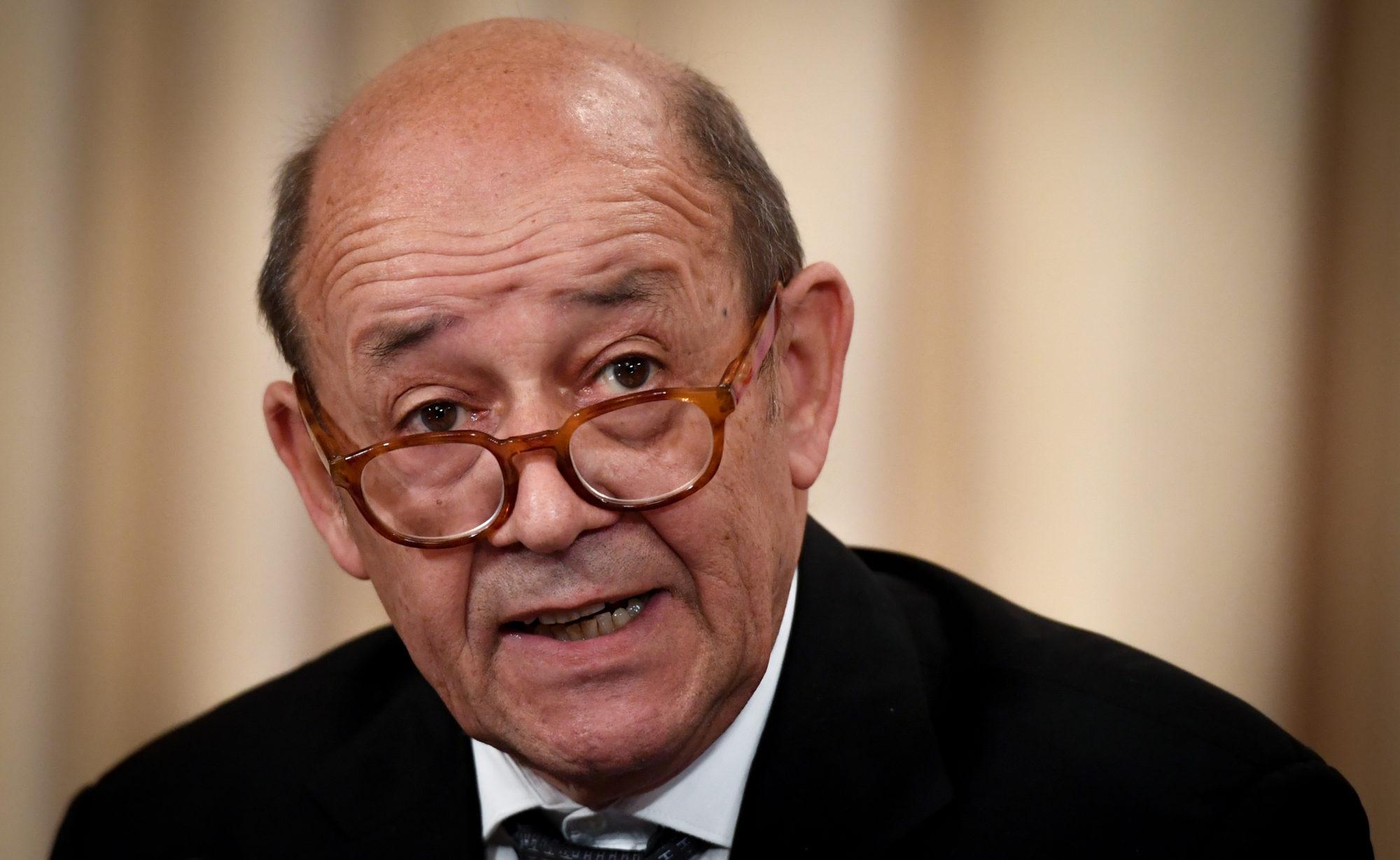 Nikos Kotzias to host the French FM Jean-Yves Le Drian on Thursday