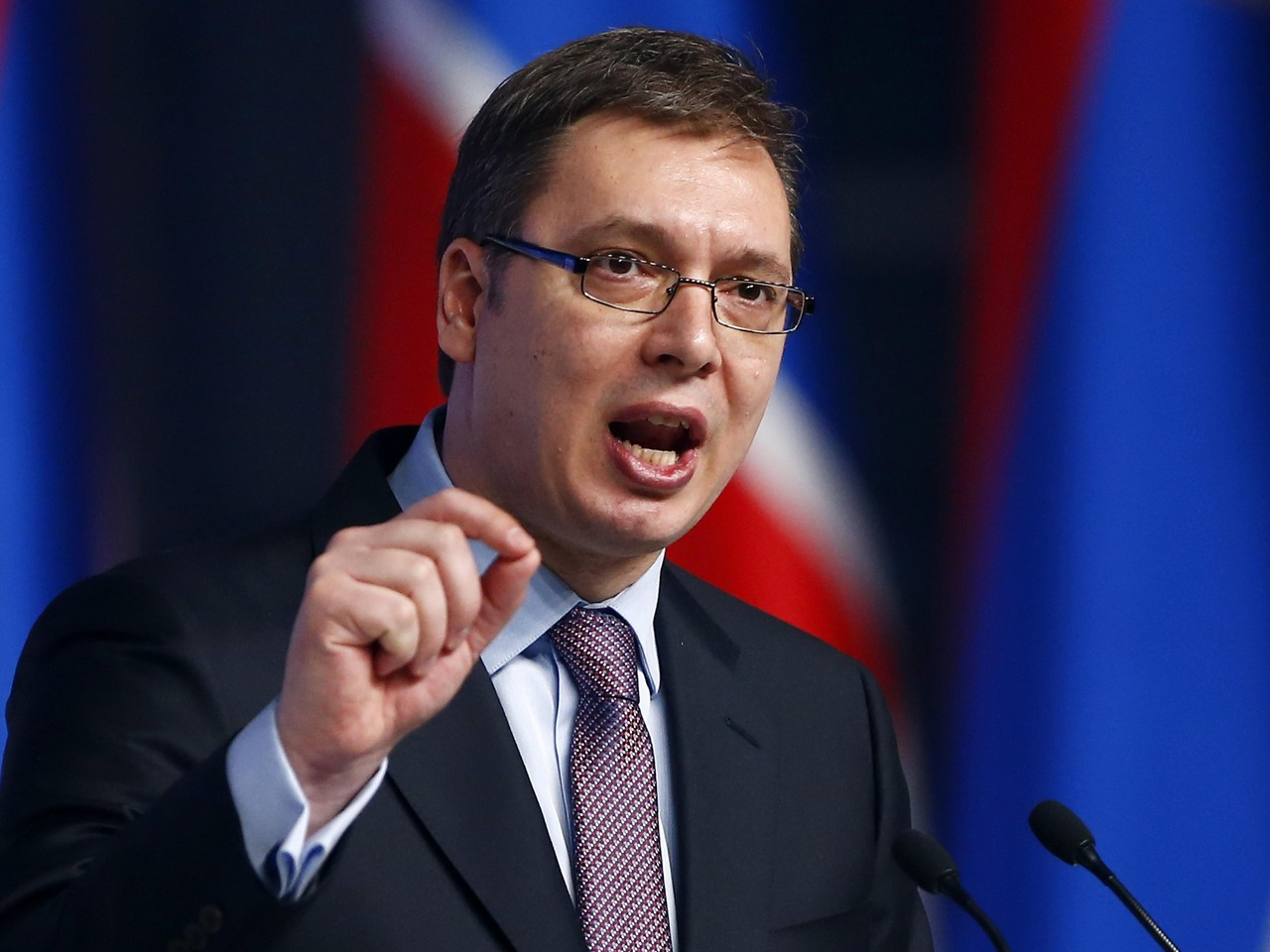 Kosovo's army cannot cross in the north of Mitrovica, Vucic says