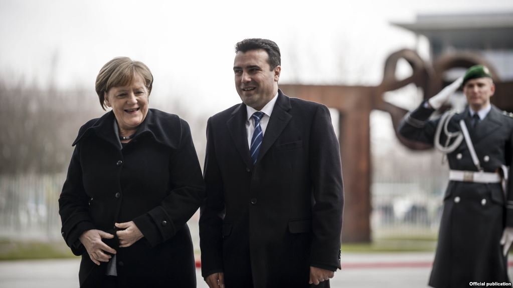 fYROMacedonia: Merkel will visit the country to support the Prespa Agreement and the referendum