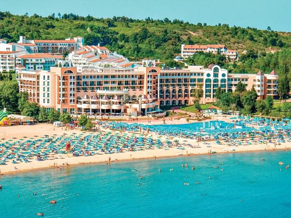 More than 6500 non-EU nationals employed at Bulgaria's summer resorts in 2018 – report