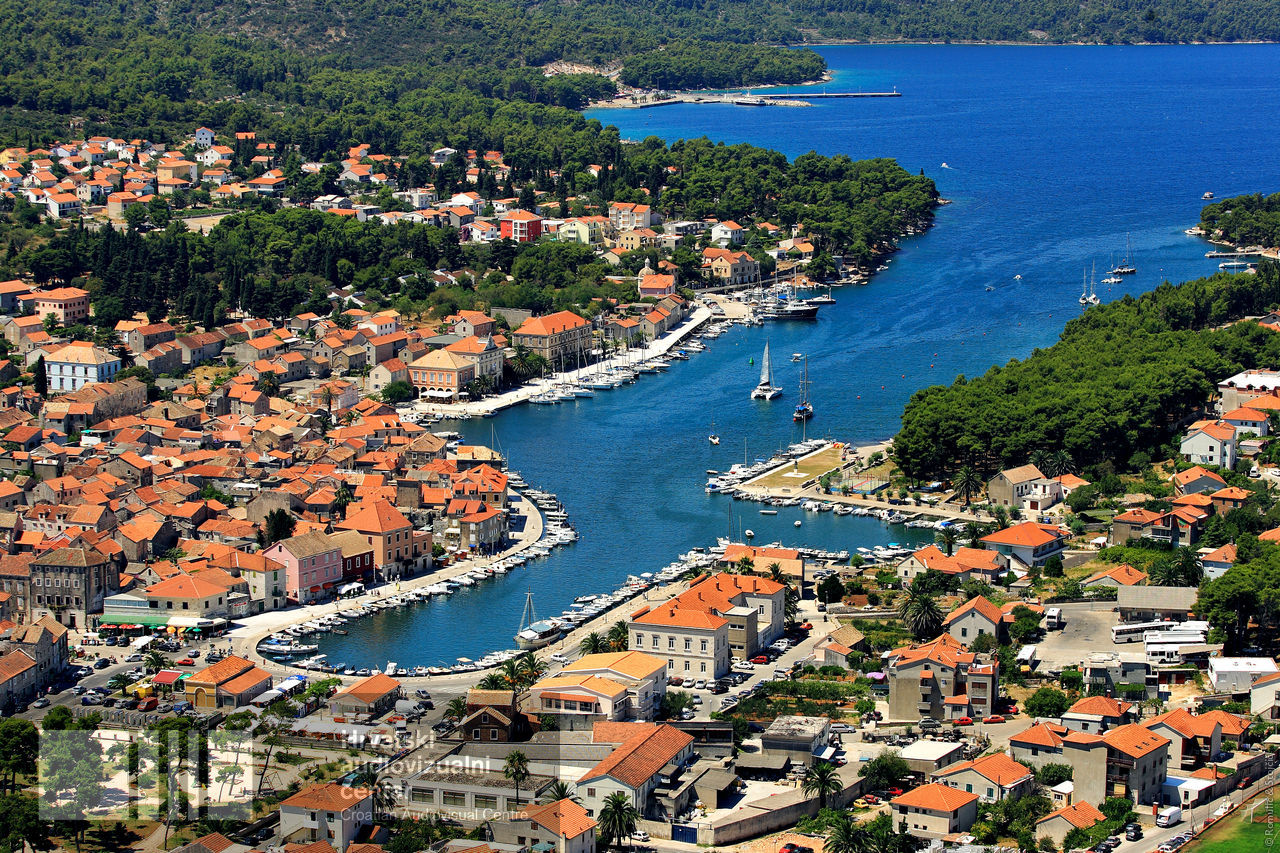 Local residents say 'NO' to opening of more hotels in Hvar's Stari Grad