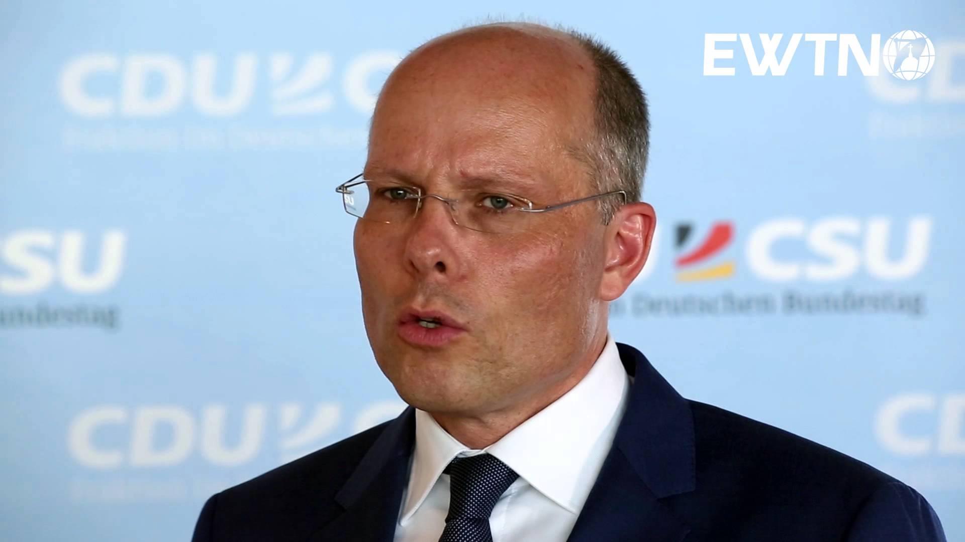 Stop talking landswap nonsense now, says German MPPeter Beyer