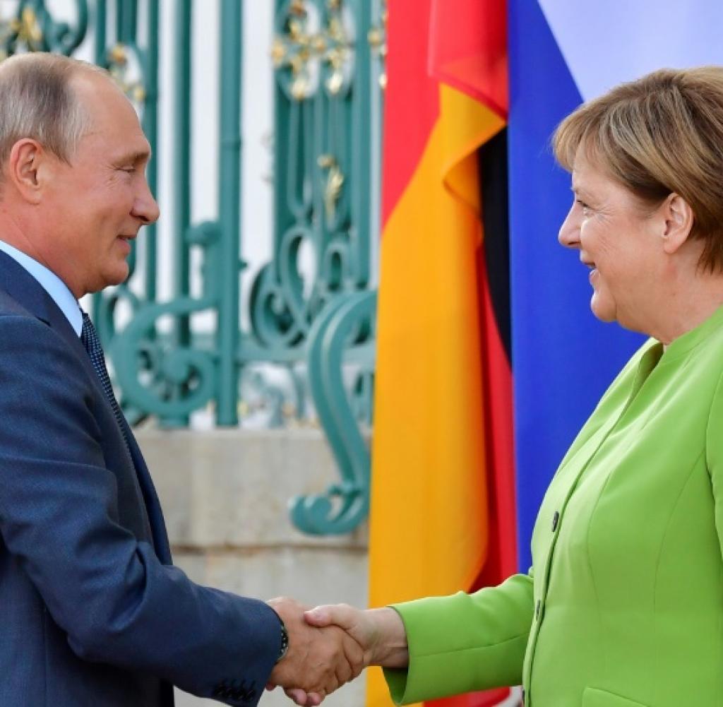 Το «NEIN» της Merkel και το «HET» του Putin για το Κόσσοβο