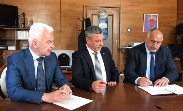 Διαιρεμένοι οι κυβερνητικοί εταίροι στη Βουλγαρία ως προς την επιλογή νέου επικεφαλή υπουργείου Εσωτερικών