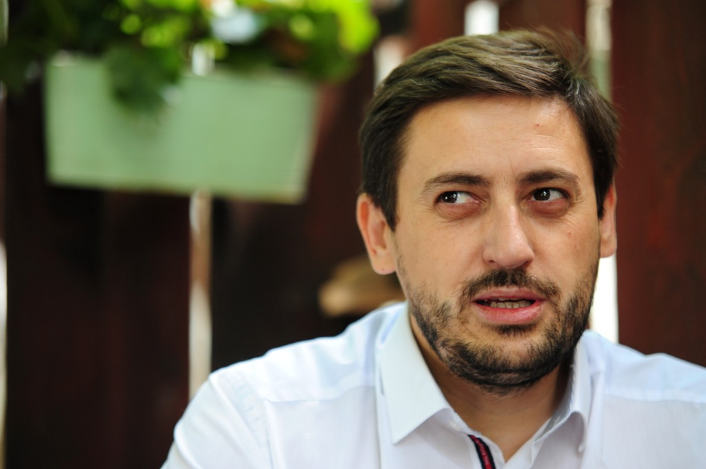VMRO-DPMNE removes a party senior official for calling on voters to participate in the referendum