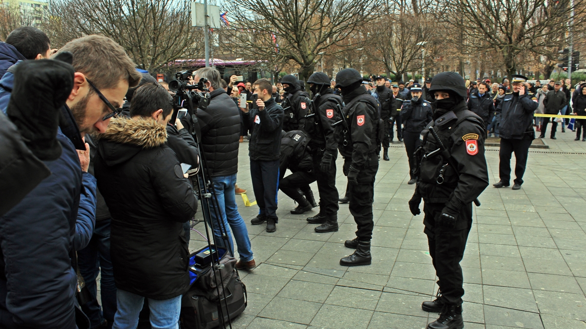 Demonstrations for David Dragičević end with arrests in Banja Luka main square