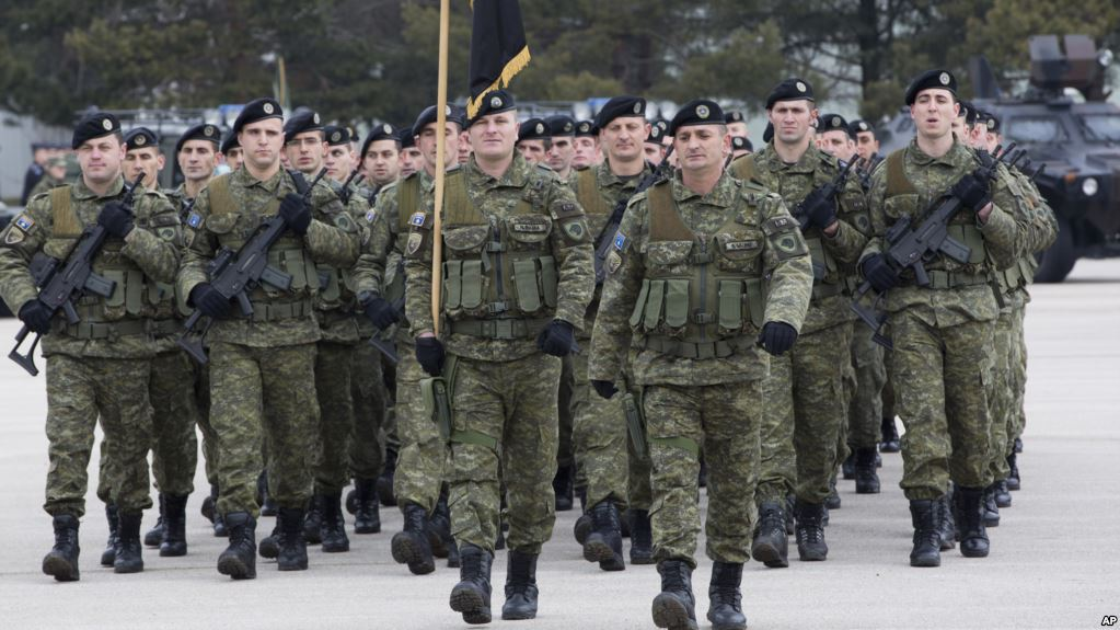Parliament in Kosovo votes in favour of the creation of the army