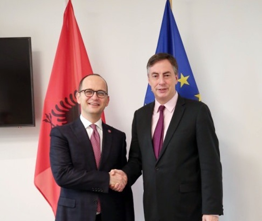 Bushati-McAllister: The opening of negotiations between Albania and EU is in the best interest of both sides