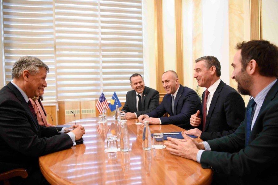 Κοσσυφοπέδιο: Συνεχίζονται οι σηζητήσεις σχετικά με τους δασμούς στα προϊόντα της Σερβίας