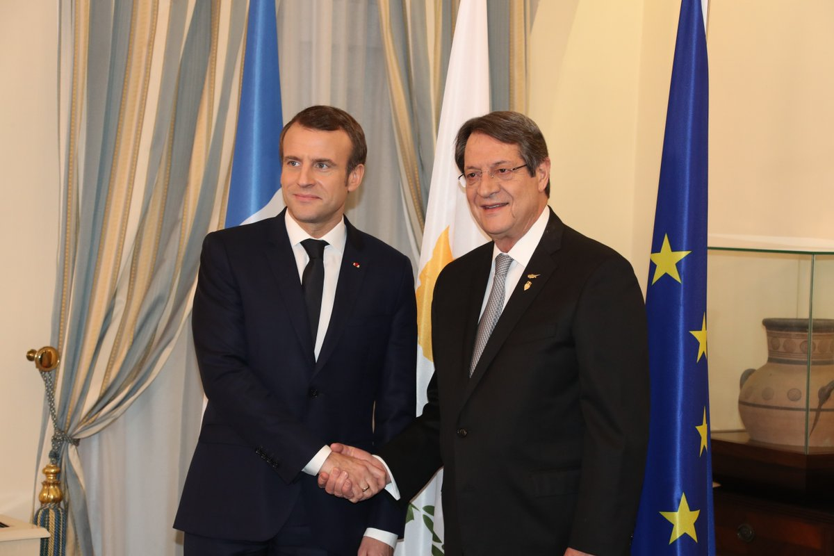 Macron arrives at Presidential Palace for meeting with Anastasiades