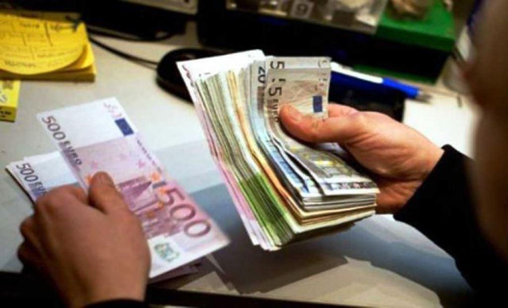Την επόμενη εβδομάδα η αύξηση του κατώτατου μισθού στην Ελλάδα