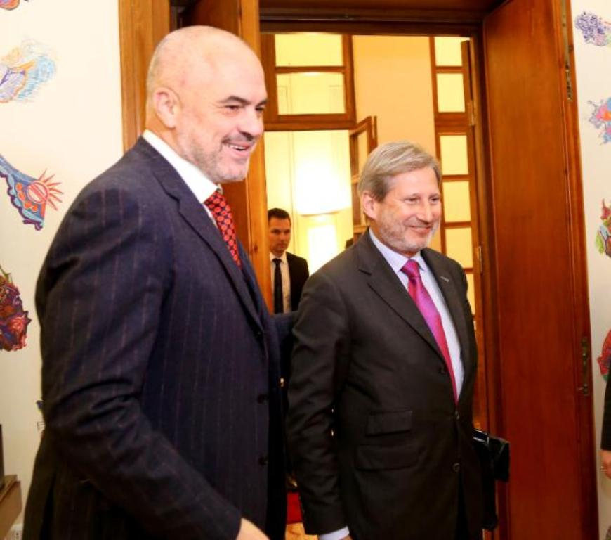 EU Commissioner Hahn to visit Tirana
