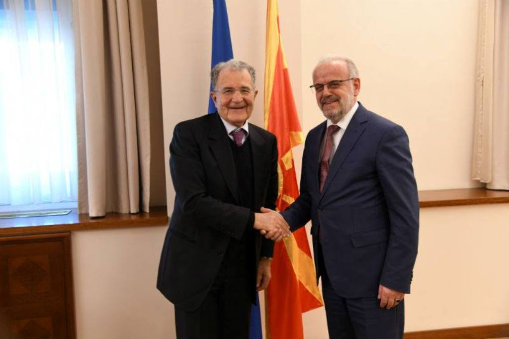 Former  head of the European Commission offers messages of encouragement in Skopje