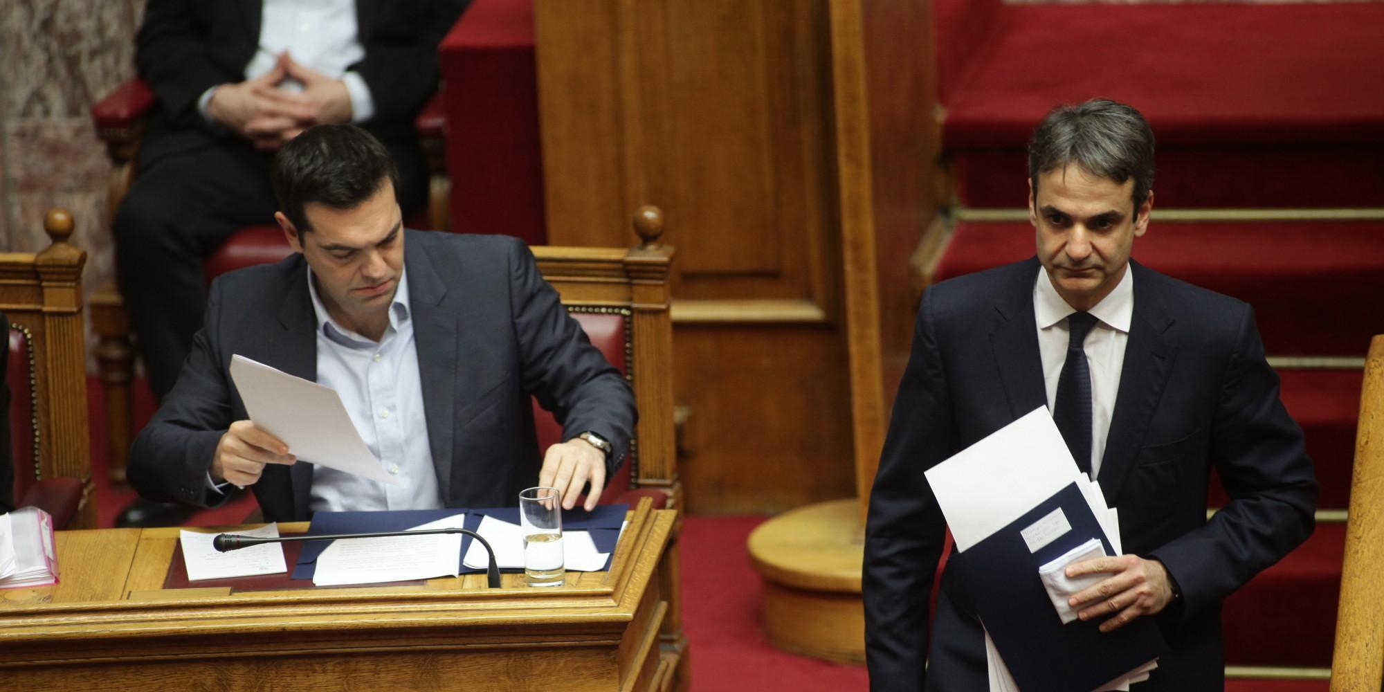 Σκληρή αντιπαράθεση Τσίπρα-Μητσοτάκη για την ψήφο εμπιστοσύνης