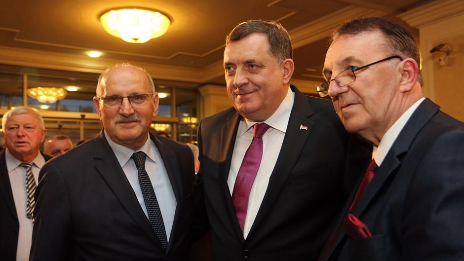 Διπλωματικό επεισόδιο μεταξύ Βοσνίας και Κροατίας με αφορμή την Ημέρα της RS