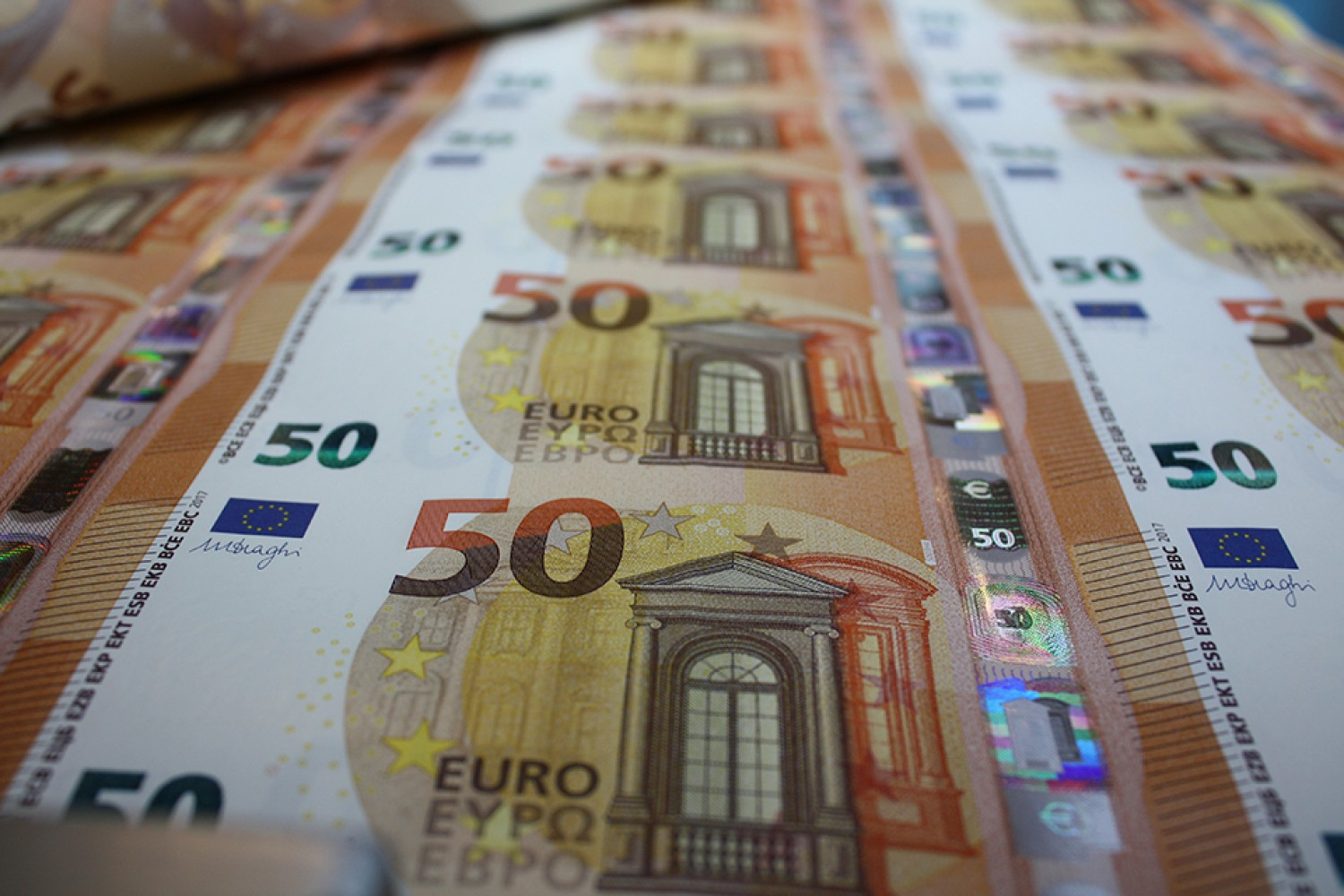 The Greek Development Bank starts with a piggy bank of EUR 5 billion