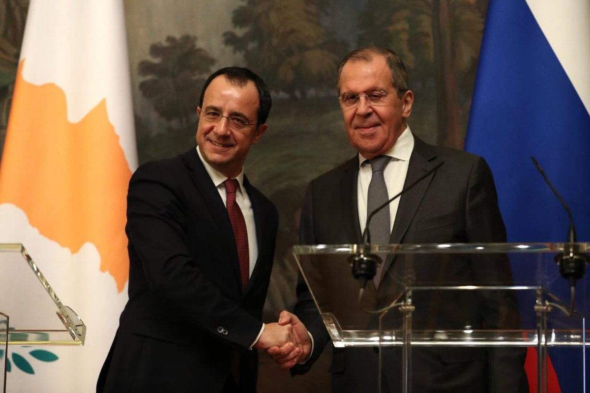 Christodoulides, Lavrov discuss the strengthening and deepening of bilateral relations