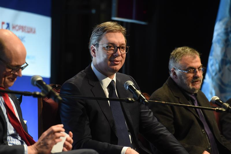 Vucic launches counter-campaign against protesters and opposition