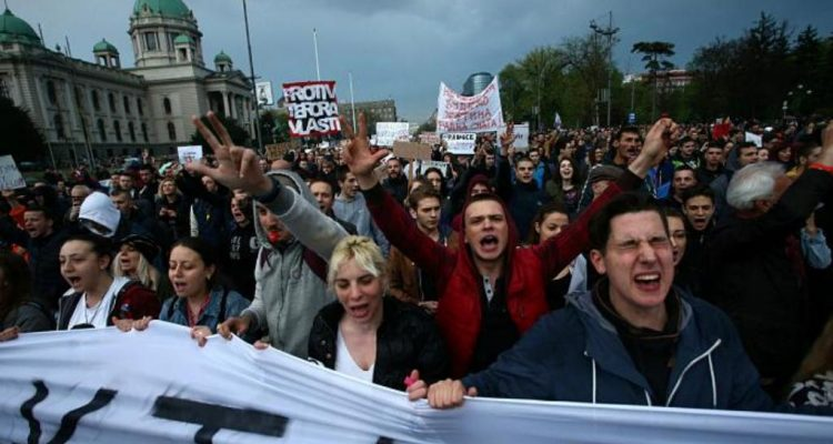 Is Kosovo behind opposition's protests in Belgrade?