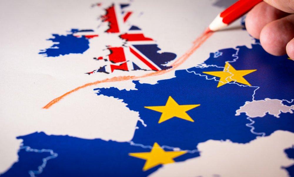 'No deal' Brexit risk threatens disruption